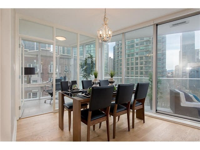 701 1277 MELVILLE STREET - Coal Harbour Apartment/Condo for sale, 2 Bedrooms (R2015542) #6